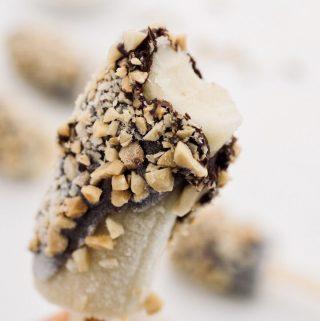 Banano congelado con chocolate